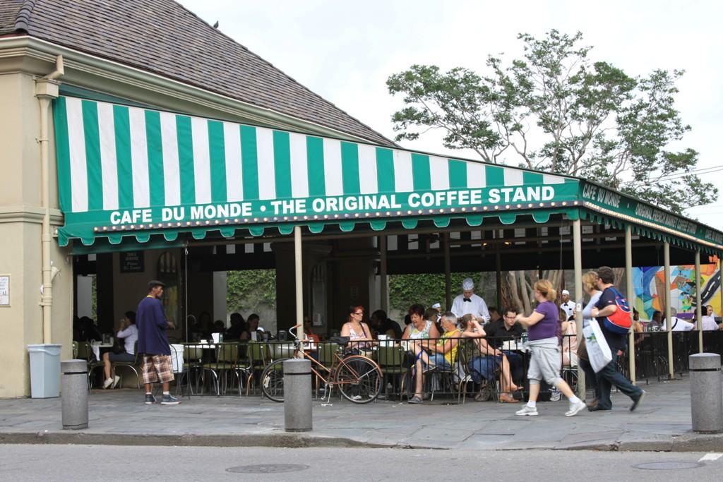 Original Cafe Du Monde New Orleans