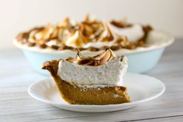 Pumpkin Meringue Pie 4