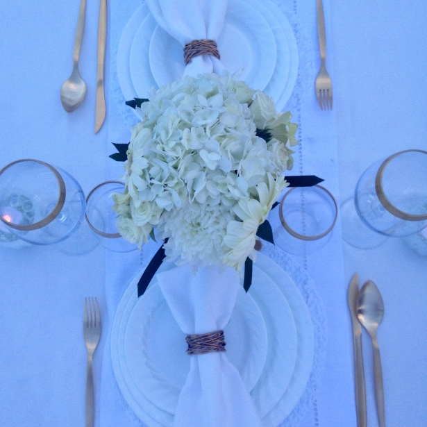 My simple white tablescape for Diner en Blanc